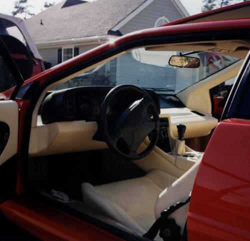 T R A V E L H E A D 1994 Lotus Esprit S4
